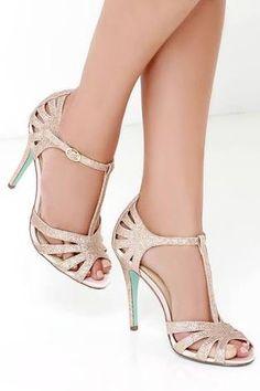 Resultado de imagem para Betsey Johnson Gleam Shoes