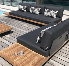 We are loving this 'Truro' outdoor lounge 😍 in fabric available at along with pillows. Outdoor Lounge Cushions, Outdoor Daybed, Teak Furniture, Outdoor Furniture, Furniture Design, Outdoor Doors, Furniture Manufacturers, Facade, Truro
