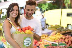 La tendance se confirme, les habitudes alimentaires changent. On observe une baisse des volumes de vente des produits de grande consommation en France.