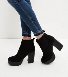 Fashion, Clothing, Shoes: How to walk with high heels Block Heel Boots, High Heel Boots, Heeled Boots, Bootie Boots, Shoe Boots, Ankle Boots, Block Heels, Cc Shoes, Crazy Shoes