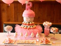 Dessert table at a Pink Party #pinkparty #desserttable