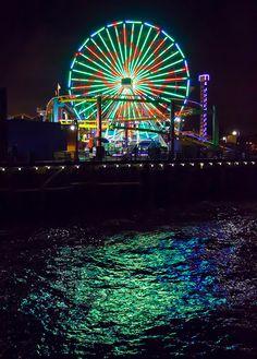 Ferris Wheel at Santa Monica Pier, Santa Monica, Los Angeles, California Places To Travel, Places To See, Travel Destinations, California Baby, Southern California, Golden Bear, Ferris Wheels, Los Angeles Travel, Carnival Rides