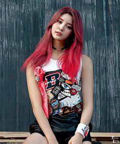 EXID Junghwa Hot pink music videos