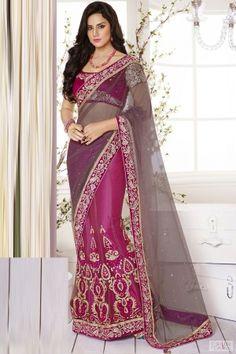 Paisley Motifs Kalidar Lehenga Style Saree For Bridal #lehengacholi, #lehengas, #lehengasaree, #weddinglehengasaree, #bridallehengasaree, #partywearsaree,