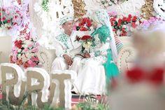 """The wedding Celebrating of """"puput & Tyas"""" Post production : izha photography  #samarindapreweddingphotographer #model #canon_photos #colorful #vintage #fashionblogger #fashionista #fashion #tonal #photography #congratulations #bride #instalike #likeforlike #cinematictone #cinematography #fashionable #photography #preweddingphotography #prewedding #preweddingphoto #like4like #landscape_lovers #weddinggown #bridetobe2016 #photopreweddingindonesia #samarindaphotography #preweddingsamarinda…"""