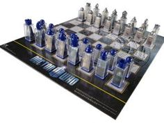 Doctor Who Lenticular Animated Chess Set #animated #chess #doctor #lenticular #Set Batman Chess Set, Star Wars Chess Set, Wood Router, Wood Lathe, Cnc Router, 25th Anniversary Gifts, Auction Projects, Quilling 3d, Wood Turning Projects