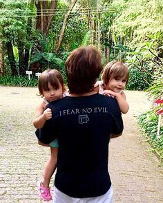 Leandro do KLB posta foto fofa com suas gêmeas