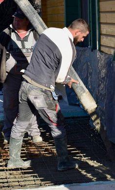Lover of waders and wellies Tight Jeans Men, Crew Team, Wellies Boots, Barefoot Men, Hard Hats, Working Man, Outdoor Wear, Men In Uniform, Bear Men