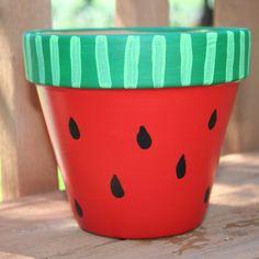 balkon blumentopf blumen in einem wassermelone topf anpflanzen und schöne ereignissen genießen liebe farben