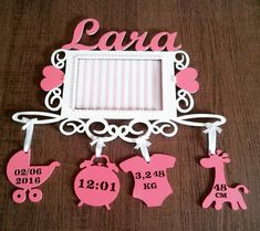 Diy Baby Gifts, Baby Crafts, Gifts For Kids, Newborn Baby Gifts, Shower Party, Baby Shower Parties, Gift Baskets For Women, Baby Frame, Baby Room Decor