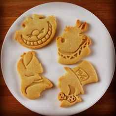 Alice in the Wonderland inspired cookies cutters by Made3D