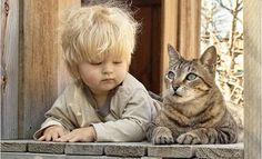 20 fotografias para provar que todas as crianças precisam de um gato   Tá Bonito