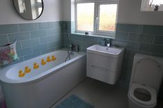 #VPShareYourStyle ricky from london created a  family friendly bathroom that is both safe for the kids, and stylish for the parents.