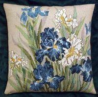 Cross stitch - flowers: Iris - cushion (free pattern with chart)