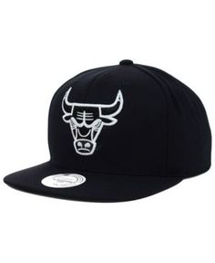 Mitchell & Ness Chicago Bulls Team Snapback Cap - Black Adjustable
