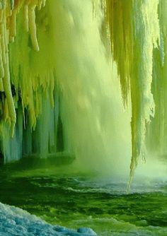 Wasserfall_grün