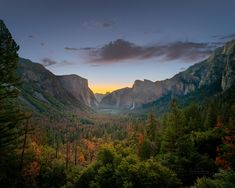 Yosemite Dawn - The alarm goes off.. it's still dark of course.. on the road, we do not miss sunrises. Dragged myself up to Tunnel View to get the iconic shot of Yosemite Valley before the sun rises.