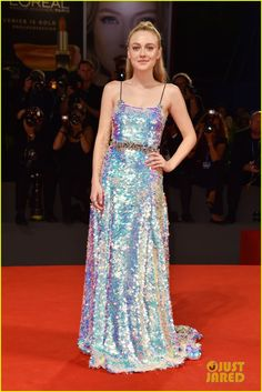 Dakota Fanning Wows In Holographic Gown at Venice Film Festival 2016 | dakota…