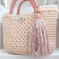 Crochet Rabbit Free Pattern, Lace Bag, Straw Bag, Bucket Bag, Knit Crochet, Shoulder Bag, Knitting, Red, Bags