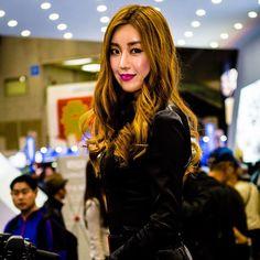 • 2015 서울모터쇼(일산킨텍스) • #인물사진 #모델 #레이싱모델 #모터쇼 #서울모터쇼 #2015모터쇼 #캐논 #odmark2 #canon #model #sexy #racing ...