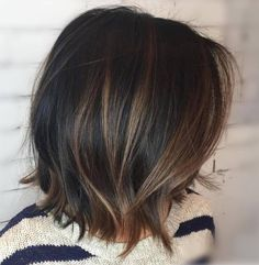 60 schokoladenbraune Haarfarbe Ideen für Brunettes 60 chocolate brown hair color ideas for brunettes colour 60 Chocolate Brown Hair chocolate brown hairTrends for the hair color Subtle Balayage Brunette, Brunette Color, Short Balayage, Lob Ombre, Brown Balayage Bob, Brown Lob, Brunette Pixie, Balayage Lob, Brunette Ombre