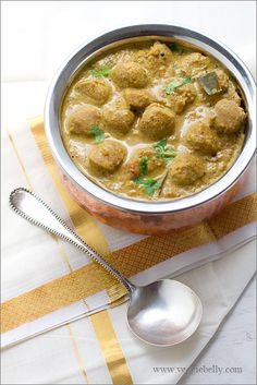 Chettinad Meal Maker Curry Recipe   (A Spicy Curry using TVP, TSP, Meal Maker, Nutrella or Soy Chunks)
