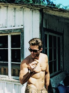 Daily Scott Eastwood