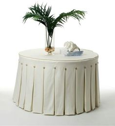 Tailored tablecloth
