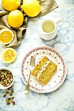 Lemon & Pistachio Cake by oggipanesalamedomani #Cake #Lemon #Pistachio