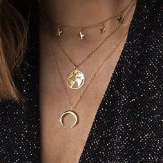 World Map Necklace Globetrotter Gold Map Pendant – GaGodeal World Map Necklace, Coin Necklace, Crystal Necklace, Pendant Necklace, Necklace Extender, Necklace Holder, Star Pendant, Diamond Pendant, Pentagram Necklace