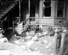 CRIME - no punishment: The vandalized first floor of a black family's home during the Chicago Race Riot of 1919.
