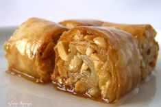 Greek Sweets, Greek Desserts, Greek Recipes, Food Network Recipes, Cooking Recipes, Greek Pastries, The Kitchen Food Network, Greek Easter, Pie Tops
