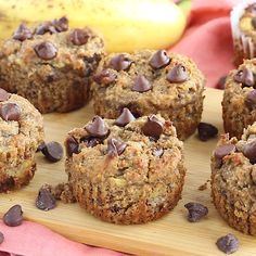 Naturally sweetened vegan paleo banana muffins with chocolate chips in every bite. These gluten free muffins are perfectly moist and taste like your favorite banana bread! Made with a mix of almond flour and coconut flour. #veganrecipe #bananamuffin #healthymuffins #glutenfreerecipe #healthybreakfast #breakfastideas #paleofriendly #snackideas
