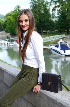 white, shirt, blouse, khaki, pants, elegant, style, outift, clutch