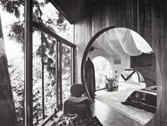b22-design:    Mid century interior with Djinn chair - Olivier Mourgue