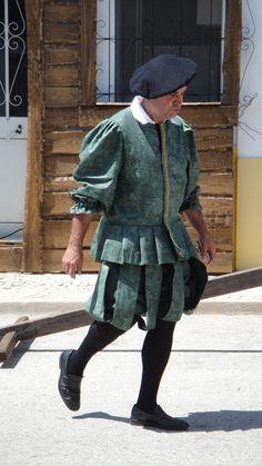 Sapatinho medieval.
