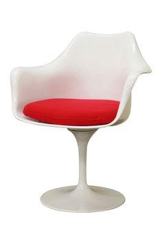 Tulip chair / designed by Eero Saarinen