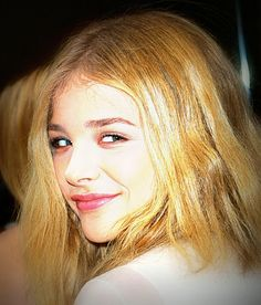 Chloe Grace Moretz She Movie, Chloe Grace Moretz, Jennifer Lawrence, Chinook Pass, Alice Cullen, Vampires, Celebrities, Army, Actresses