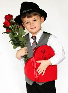 14 valentine picture ideas for baby toddler creative newborn photo tips - Boys Valentines Shirt