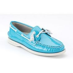 This are really cool blue sperries <3