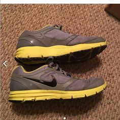 Nike Lunarlon Size 10 Size 10 used but still have lots of life! Nike Shoes Athletic Shoes