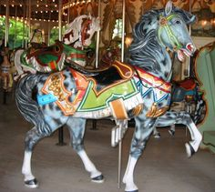 National Carousel Association - Paramount's King's Island Carousel - PTC Outside Row Stander All The Pretty Horses, Beautiful Horses, Carosel Horse, Modern Dollhouse, Victorian Dollhouse, Kings Island, Wooden Horse, Painted Pony, Merry Go Round