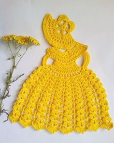 Check out this item in my Etsy shop https://www.etsy.com/ru/listing/262874689/crinoline-lady-doily-crochet-pattern-pdf