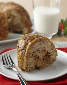 FRENCH TOAST BUNDT - 24 Rhodes Dinner Rolls or 12 Rhodes Texas Rolls, thawed but still cold 2 Eggs 1/3 cup liquid haze...