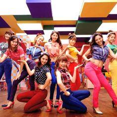 Girls Generation Playful fashion