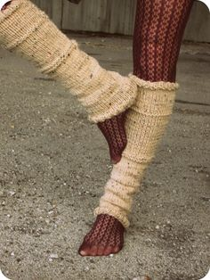 Knit Leg Warmers ~ gonna try my hand at makin' my own!