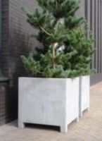 Verzinkte Pflanzgefäße by ADEZZ planters & Patio Design, Garden Design, House Design, Garden Planters, Planter Pots, Gardening For Dummies, Weathered Furniture, Park Lodge, Flower Boxes
