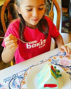 Kids are learning to not only bake cakes but learning to decorate them as well. Join Kids Baking Club and teach your kids these valuable life skills.