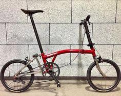 5.71 Kg unfold (3/3) @yamamototakahiro0219 #brompton #bikegangminimods #bikegang #bromptonbicycle #bromptonsociety #bikegangtw #bikegangsg #bikeganges #mybrompton #bromptonart #bromptonlife Indoor Cycling Bike, Cycling Bikes, Bicicleta Brompton, Bike Prices, Cardio Workout At Home, Folding Bicycle, Road Bikes, Deco, Bicycling