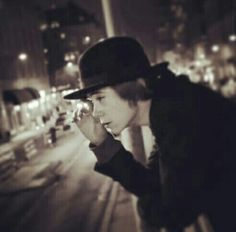 "Felix Sandman - from the lyrics video "" Man over board"""